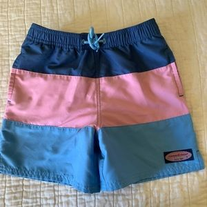 Vineyard Vines Chappy trunks